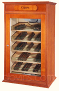 Cigar cabinet with electronic climatisation